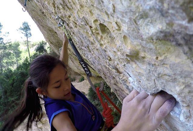 Angie climbing pockets